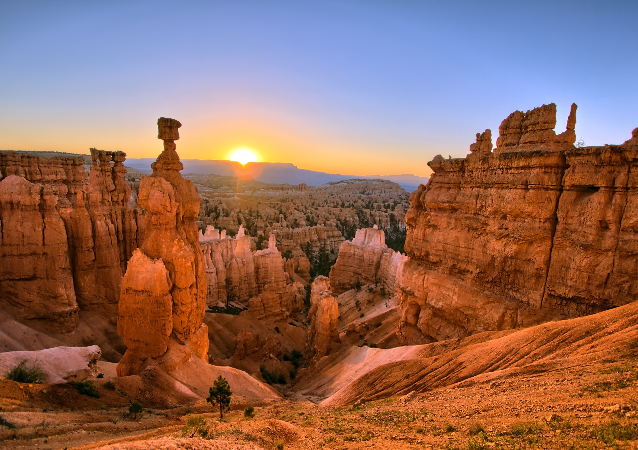 Get an incredible view from the Bryce Canyon Sunset Point.