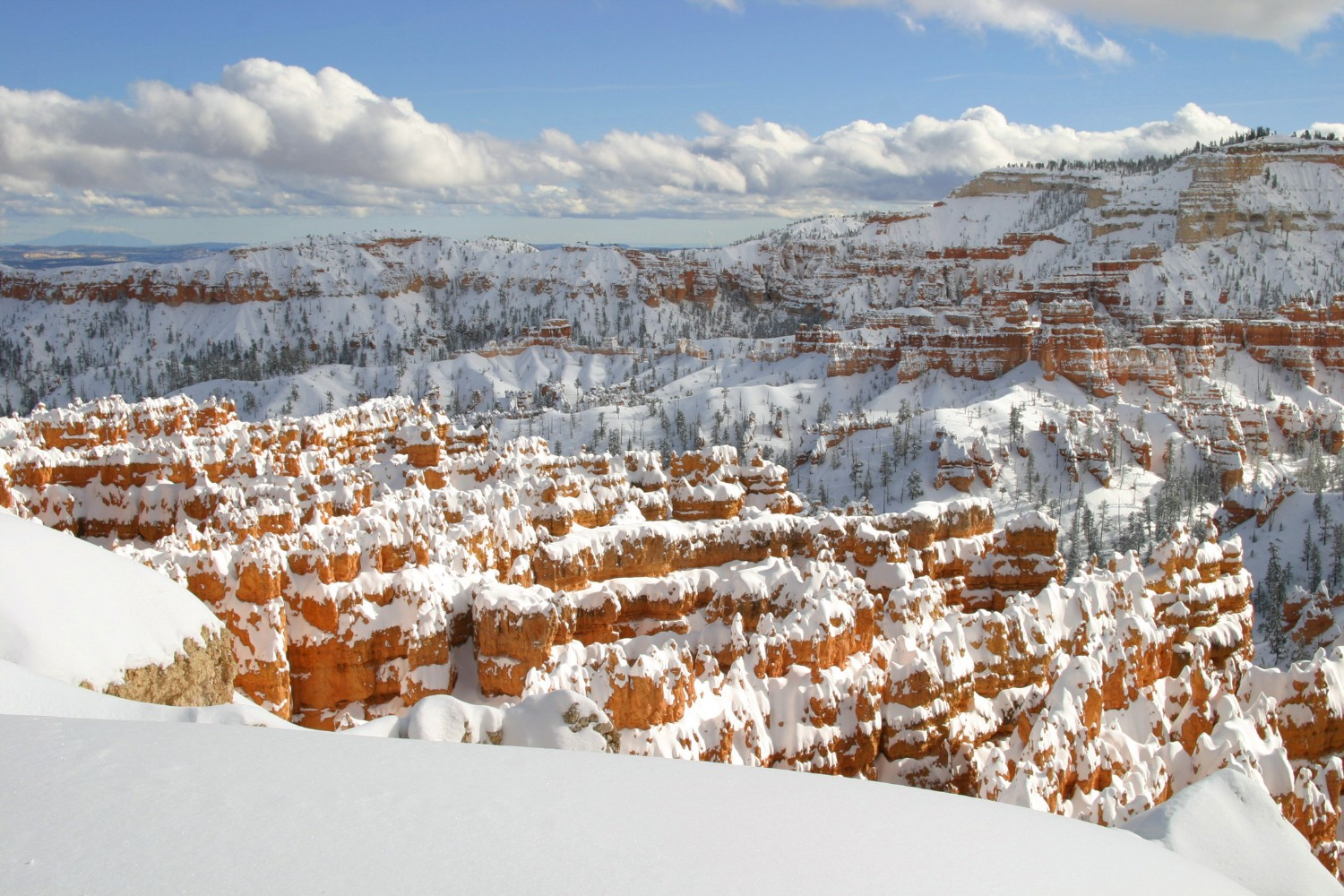 Snow covering the spires of Bryce Canyon National Park